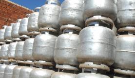 Botijão de gás de cozinha ficará 5% mais barato nas refinarias a partir desta sexta