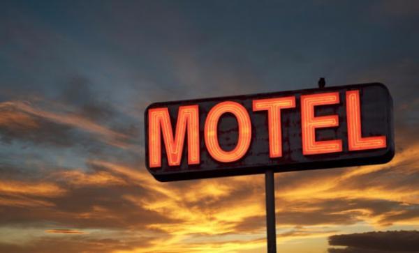 Homem bate em muro de motel de Garanhuns ao tentar sair sem pagar conta