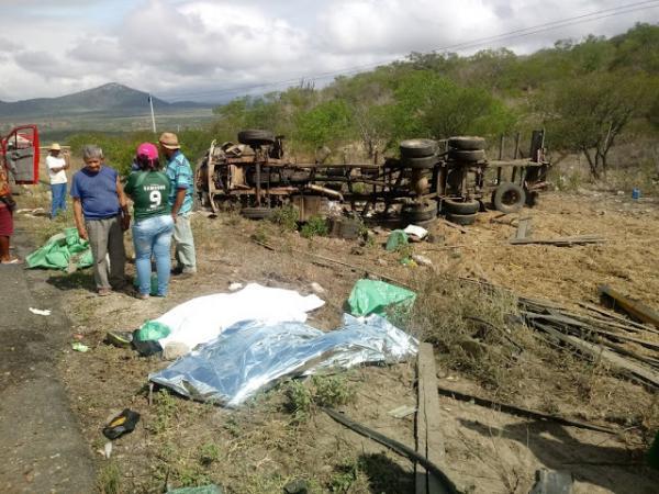 Acidente grave deixa duas pessoas mortas em Venturosa, agreste pernambucano
