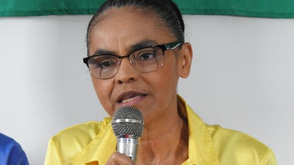 Marina diz que candidatura de Temer seria 'para se esconder da Justiça'