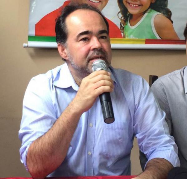 """""""A vida toda eu fiz oposição ao PSB"""", diz Júlio Lóssio"""