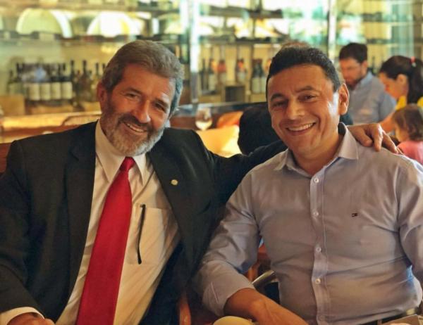Antonio Souza recebe apoio de Gonzaga Patriota para o Senado