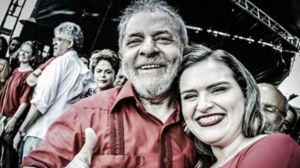 Ato em apoio a candidatura de Marília Arraes ao governo do estado mexe com a política pernambucana