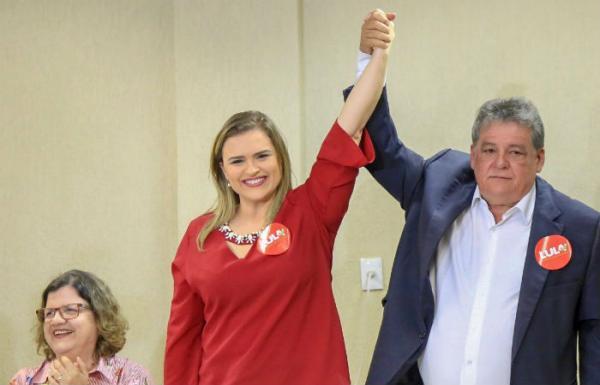 Com Marília Arraes, Silvio Costa lança pré-candidatura ao senado
