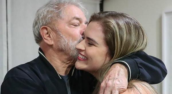 Preso, Lula defende candidatura de Marília Arraes em Pernambuco