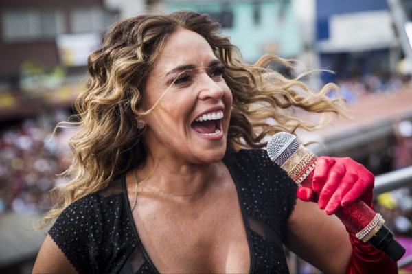 Daniela Mercury é uma das atrações deste sábado (21) no FIG 2018