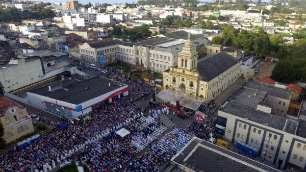 Comunidade católica celebra o Centenário da Diocese de Garanhuns