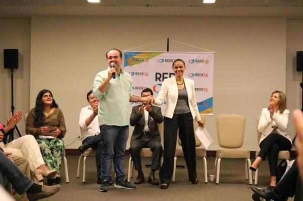 Julio Lossio cumpre agenda com Marina Silva em Pernambuco