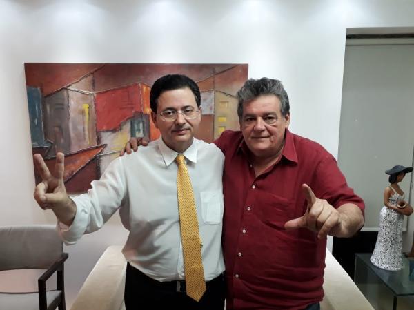 Irmão de Eduardo Campos, e líder da oposição em Olinda, Antônio Campos, declara apoio à candidatura de Silvio Costa