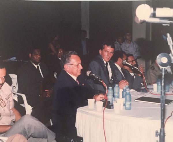 Mário Faustino presta homenagem ao ex-vereador Paulo Gomes