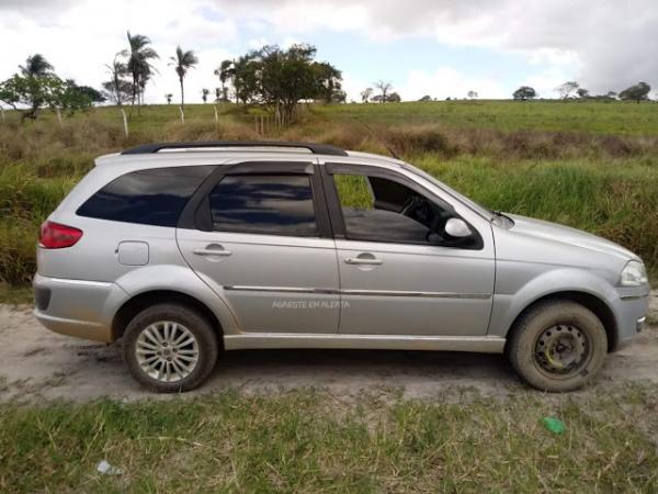Veículo utilizado na fuga dos suspeitos de assassinar o 2° sargento Adeildo, foi encontrado pela PM na zona rural de Garanhuns no Agreste de Pernambuco