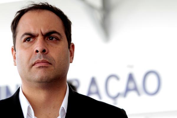 'Pernambuco precisa do Bolsa Emprego', sugere Paulo Câmara
