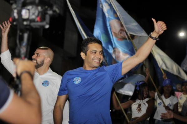 Fernando Rodolfo realiza grande caminhada em Garanhuns