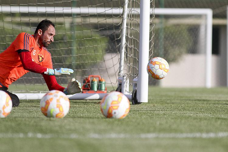 Frio na barriga, recorde e Danilo Fernandes: Magrão comenta a volta ao time do Sport