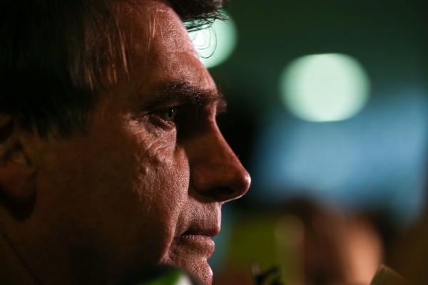Bolsonaro pode ter alta no fim de semana