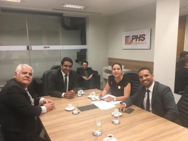 Deputado Fernando Rodolfo já está atuando em Brasília