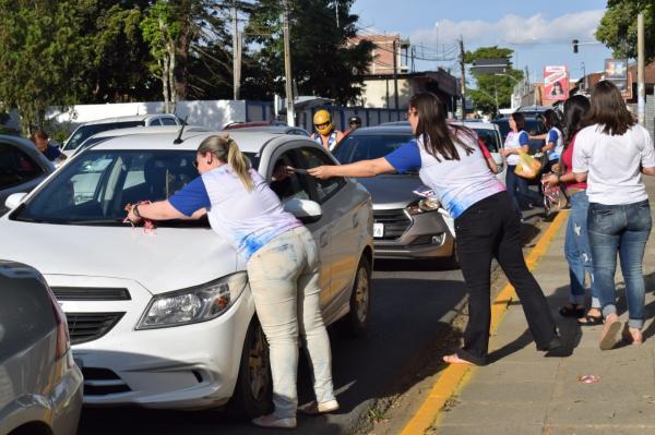 Outubro Rosa: Campanha leva prevenção às ruas de Garanhuns