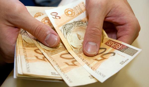 Prefeitura de Garanhuns divulga datas de pagamento do 13º salário