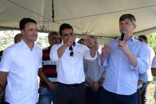 MANOEL CHÉU GANHARÁ PASSARELA