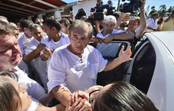Ministério Público pede prisão do médium João de Deus