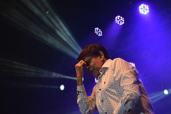 Adilson Ramos se apresenta no último final de semana da Magia do Natal