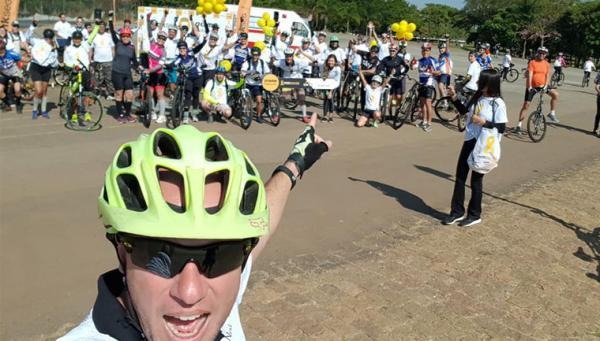 Ex-presidiário cria empresa de passeios turísticos de bicicleta em todo o país