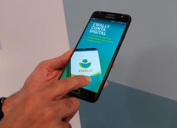 Celpe lança aplicativo para pagamento de conta de energia pelo celular
