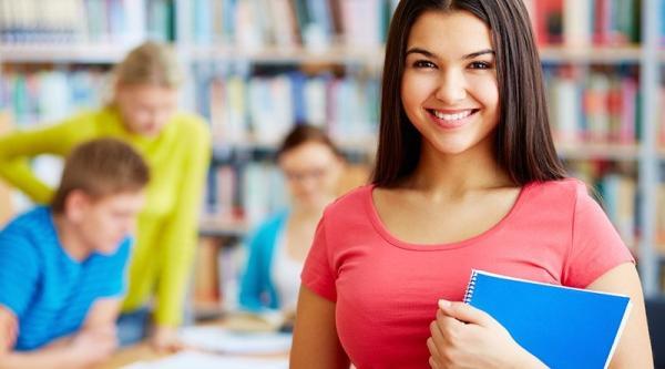 O Fies oferece financiamento para cobrir os custos das mensalidades de instituições privadas de ensino superior.