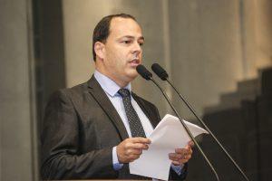 Sivaldo Albino enaltece ex-prefeito de Garanhuns Ivo Amaral