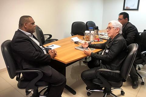 Vereador Daniel da Silva - presidente da Câmara Municipal de Vereadores de Garanhuns, e o Desembargador do TRT, Paulo Alcantara