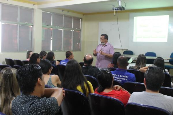 Saúde: Profissionais participam de encontro para acolhimento de novos residentes