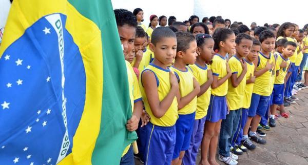 Vídeo com alunos cantando o hino deveria ser enviado ao governo. FOTO: Fabrício Cunha/Agência São Luís