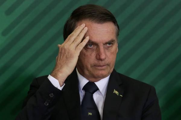 Procurador do DF envia à PGR suspeitas sobre Jair Bolsonaro por improbidade e peculato