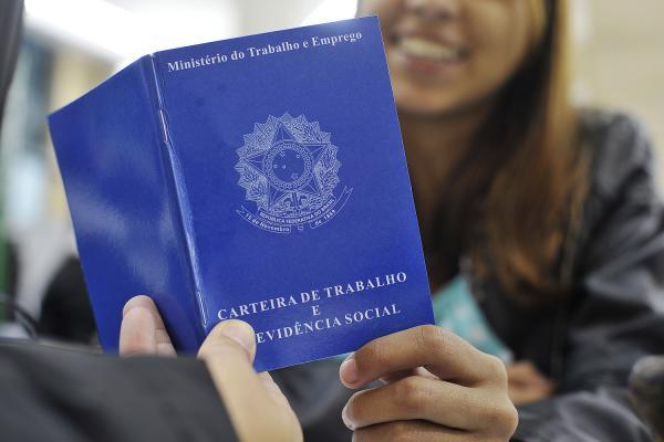 CAGED: Brasil cria 34,3 mil empregos formais em janeiro