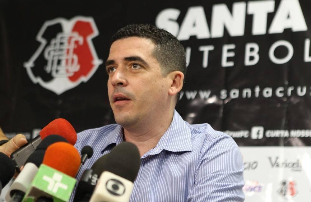 Presidente do Santa garante promoção de ingressos e espera 20 mil pessoas na estreia da Série C