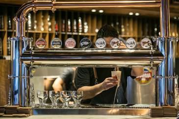 Ambev oferece cursos gratuitos sobre conhecimento cervejeiro no Recife