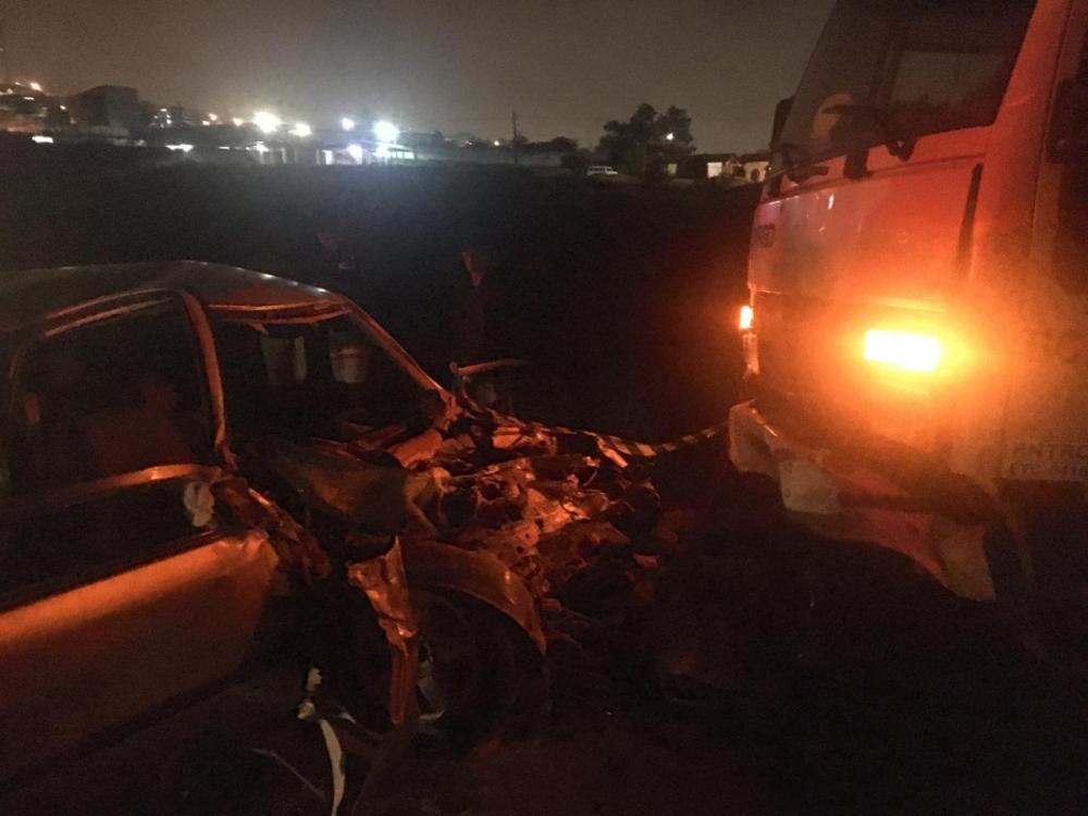Um grave acidente deixa um morto e outro ferido na noite desta terça-feira na BR-424, em Garanhuns