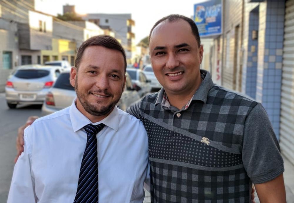 Dr. Sílvio Monteiro (advogado) e Luizinho Roldão