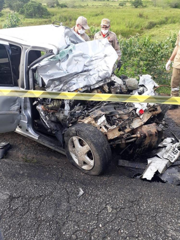 Acidente agora a pouco na entrada do município de São João deixa um morto