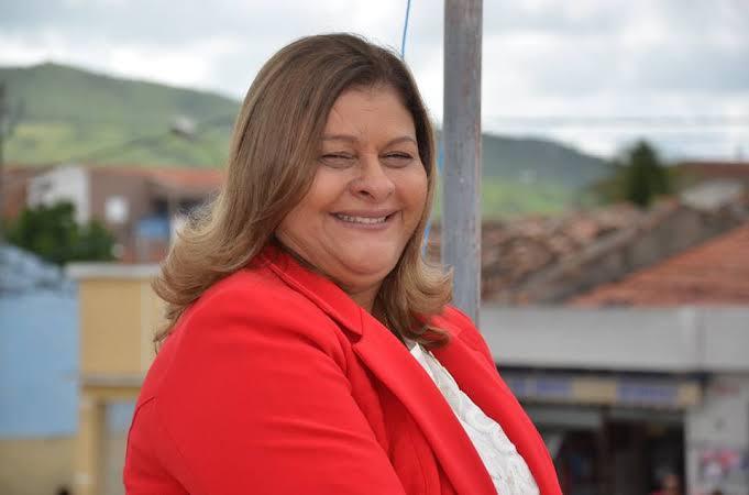Ministério Público pede afastamento da prefeita de Itaíba