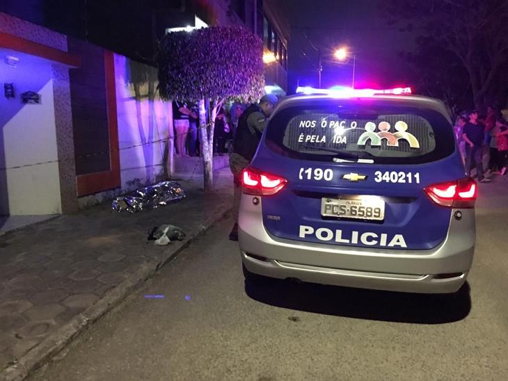 Mulher assassinada na noite de ontem no Jardim Petrópolis em Garanhuns pode ter sido vítima do ex-marido