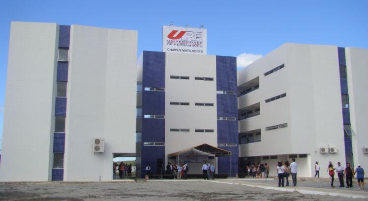 Reitor da UPE, Pedro Falcão, propõe a saída em conjunto, do Sisu, de todas as universidades estaduais. Foto: Divulgação / UPE