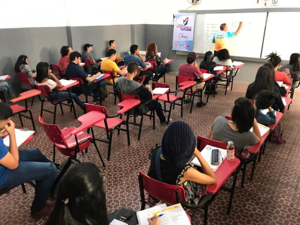GRATUITO: Jovens de Garanhuns concluem Curso Preparatório para o ENEM