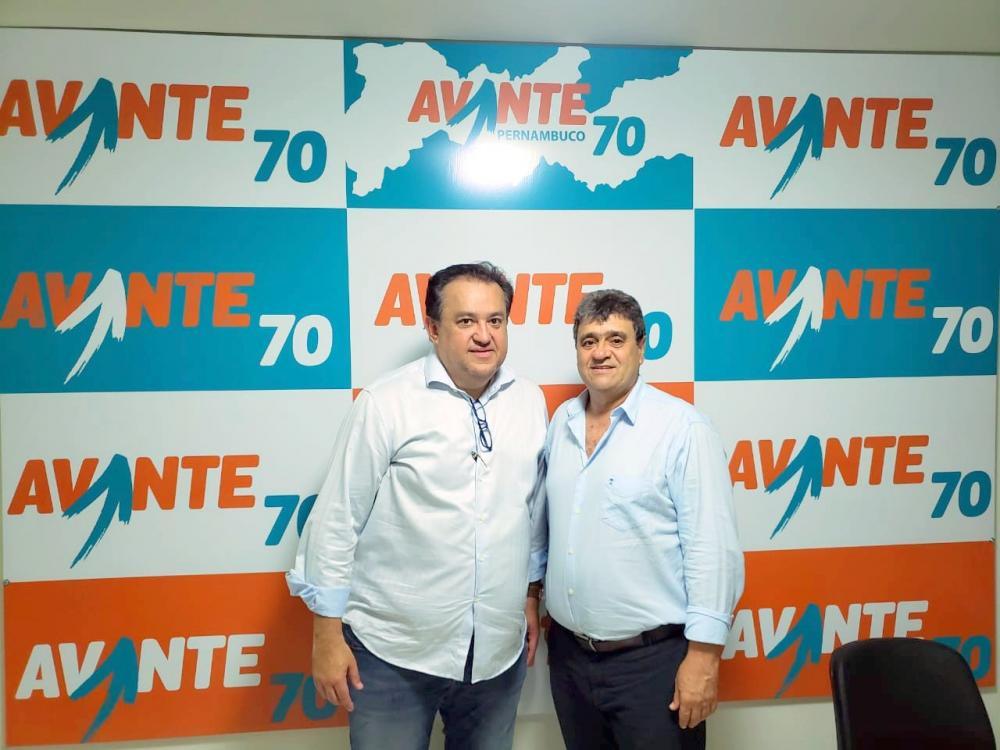CAPOEIRAS: Carlos Batata disputará Prefeitura pelo Avante