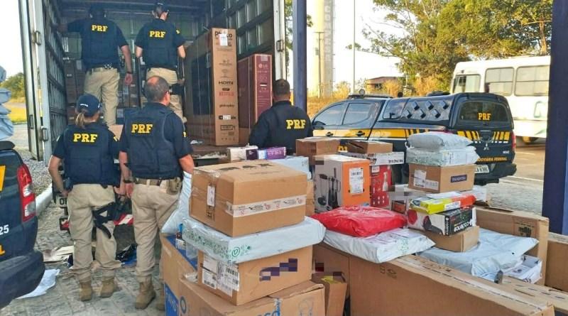 Dupla é detida com carga de eletrônicos roubada em Igarassu