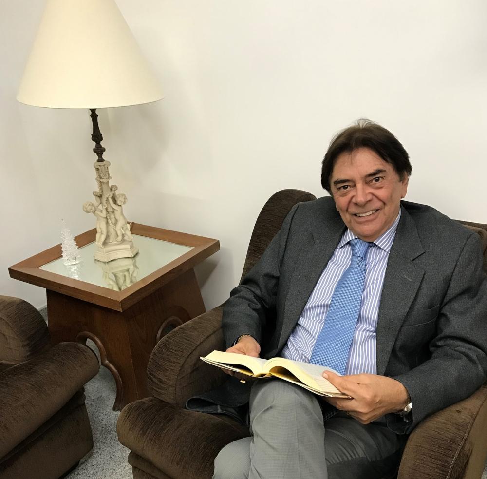 Alberto Feitosa propõe voto de aplauso para Givaldo Calado