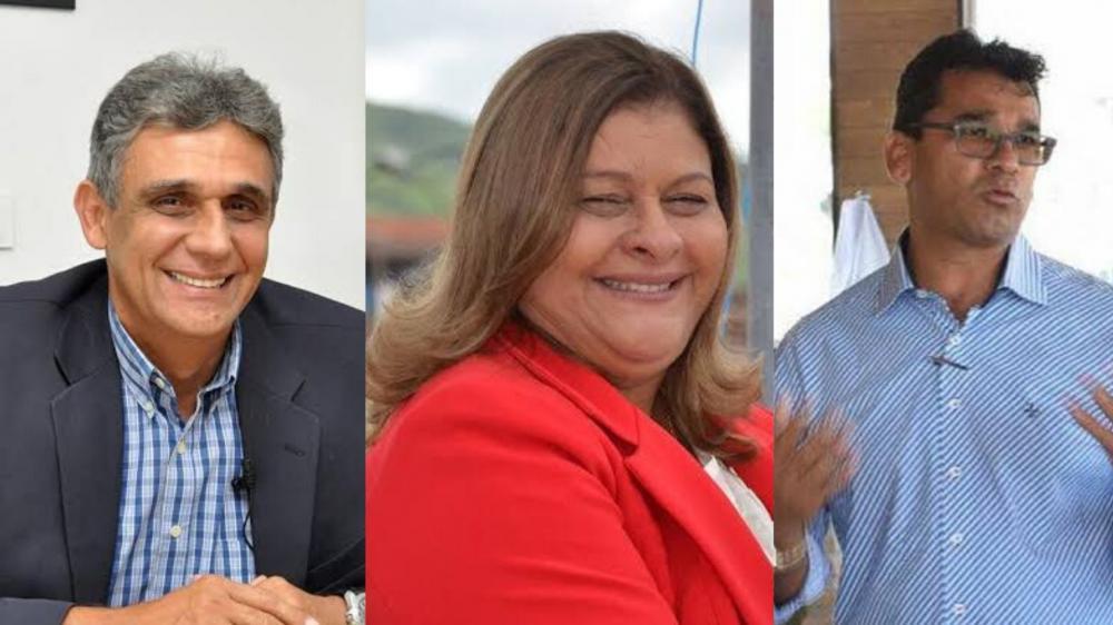 Elvis Presley Rodrigues, Francisco Abimael Barbosa e Joaquim Cordeiro Feitosa Neto, respectivos presidentes dos Legislativos Municipais. FOTO: Portal de Prefeitura