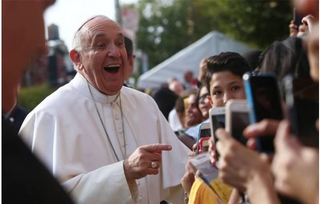 A felicidade não é um aplicativo que dá para baixar, diz Papa Francisco
