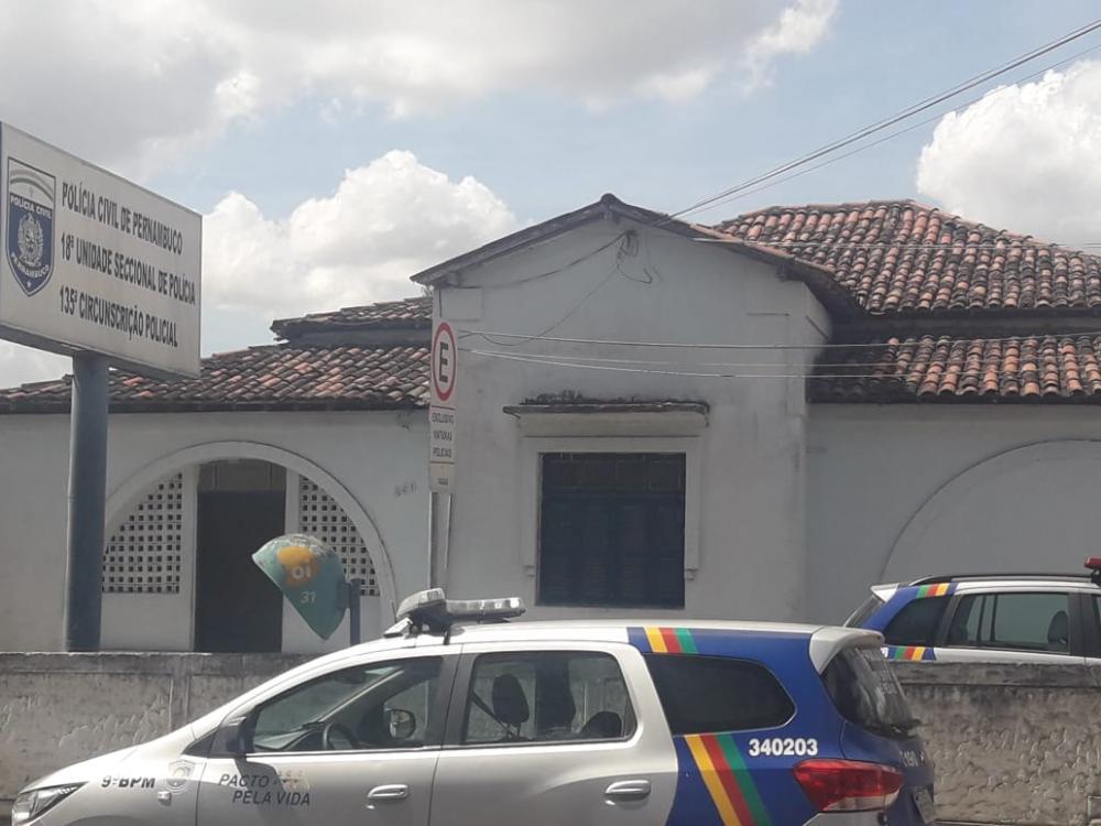 CRO e Polícia realizam flagrante de exercício ilegal da Odontologia em Garanhuns