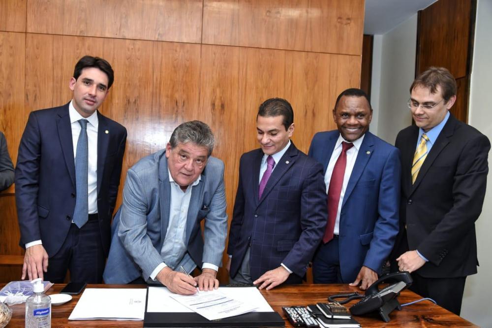 Pré-candidato a prefeito de Jaboatão, Silvio Costa se filia ao Republicanos